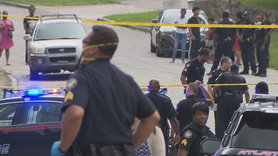 Police 1 Dead 1 Injured In Northwest Atlanta Shooting