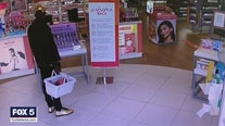 Peachtree City police search for perfume bandit