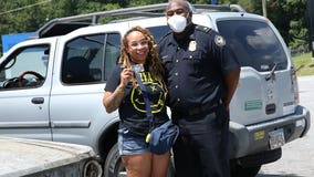 Atlanta police hand out gift cards thanks to donation from Tyler Perry