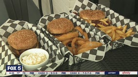 Burgers with Buck: Marietta Burger Bar
