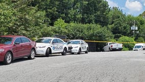 Police: Burned body found near Duluth intersection