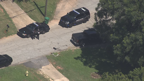 Man killed in shooting outside DeKalb County home