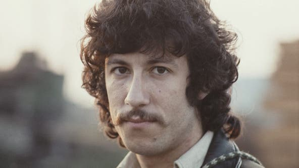Fleetwood Mac co-founder Peter Green dead at 73