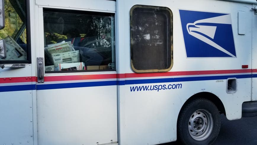 Atlanta man pleads guilty to assaulting mail carrier