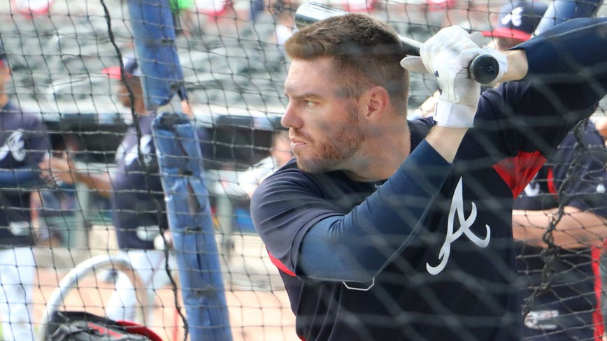 Freddie Freeman among 4 Braves to test positive for COVID-19