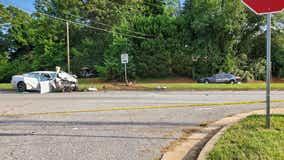 DeKalb County police officer injured in multiple car wreck