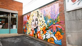 Tourists flock to Nashville to see Dolly Parton mural with Black Lives Matter quote