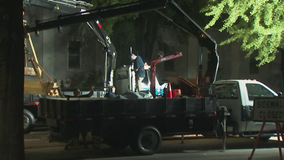 Confederate monument being removed from downtown Athens