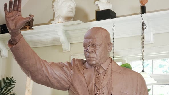 Statue created to honor late Rep. John Lewis