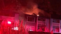 Early morning fire tears through Roswell apartment complex