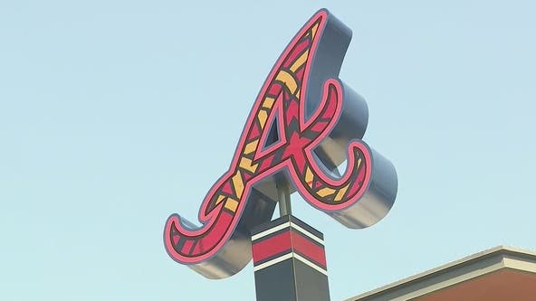 Braves fans watch team win postseason series from outside ballpark