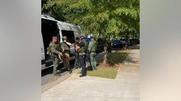 SWAT team arrests gang member in Holly Springs subdivision