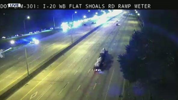 Crash shuts down eastbound lanes of Interstate 20