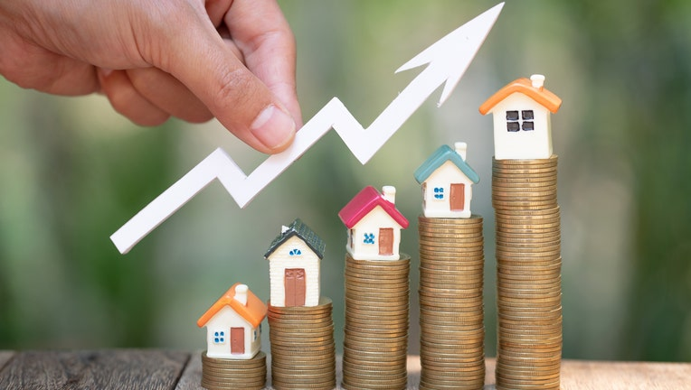 Credible-mortgage-refinance-rates-jump-iStock-1141156865.jpg