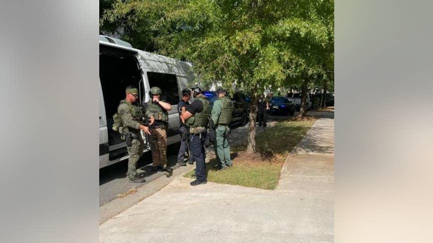 SWAT team arrests gang member in Holly Springs subdivision