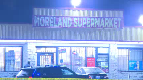 Man shot in head at southeast Atlanta grocery store