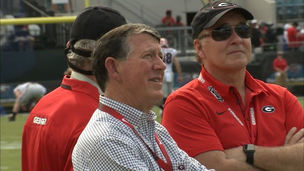 UGA athletics director Greg McGarity announces retirement