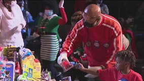 Conyers church holds special Christmas toy giveaway for children