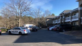 Police searching for witnesses in deadly Peachtree Corners motel shooting
