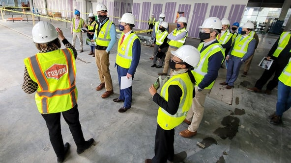 EXCLUSIVE: Gov. Kemp tours new Norfolk Southern headquarters, talks COVID-19 vaccine