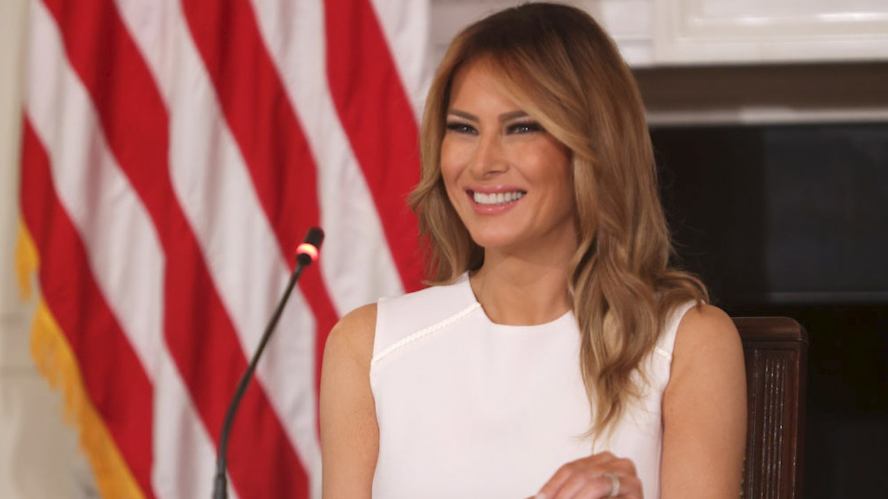 Washington , DC: First lady Melania Trump says farewell to...