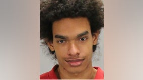 Clayton County man arrested for stabbing mother multiple times