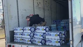 Georgians fill truck with bottled water to send to Texas