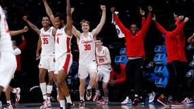 Houston tops Oregon State, reaches 1st Final Four since '84