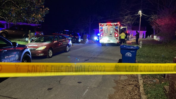 Dead man found shot in burning car on NW Atlanta street