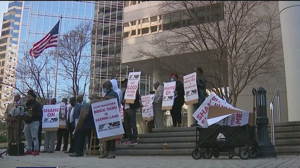 Activists demand documents, land donation from Norfolk Southern