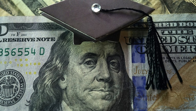 Credible-private-student-loans-iStock-1294784910.jpg