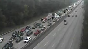 Vehicle fire closed two northbound lanes on Ga. 400, police say