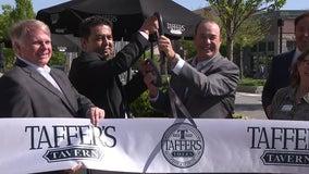 """""""Bar Rescue"""" host Jon Taffer opens Alpharetta restaurant"""