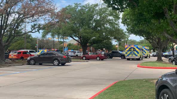 Manhunt underway after 3 killed in Northwest Austin shooting