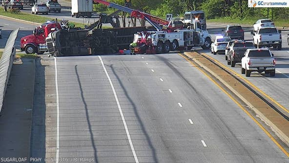 Overturned tractor-trailer closes Sugarloaf Parkway northbound lanes