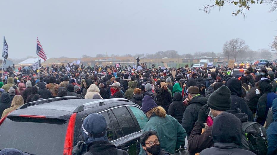 Peaceful-BCPD-crowd.jpg