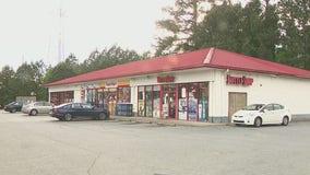 Police: Cobb County liquor store clerk shot in armed robbery