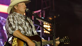 Alan Jackson's Coweta County tornado benefit concert sold out within hour