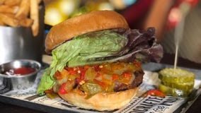 Golf and burgers combine at Midtown's Puttshack