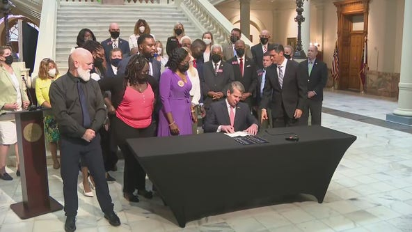 Gov. Kemp signs repeal of Georgia's 1863 citizen's arrest law