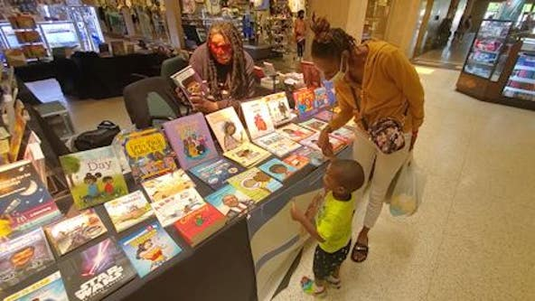 Former Atlanta Public Schools teacher hopes to open book store to help with childhood literacy