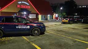Man shot while sitting at Midtown Atlanta bar, police say