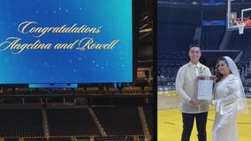 Wedding bells for Warriors super fans ring at Chase Center
