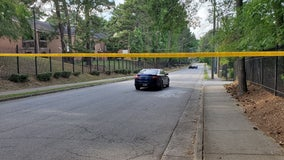 Deadly shooting investigation at northwest Atlanta apartment complex, police say