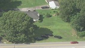 Manhunt underway in Paulding County after car chase, police say