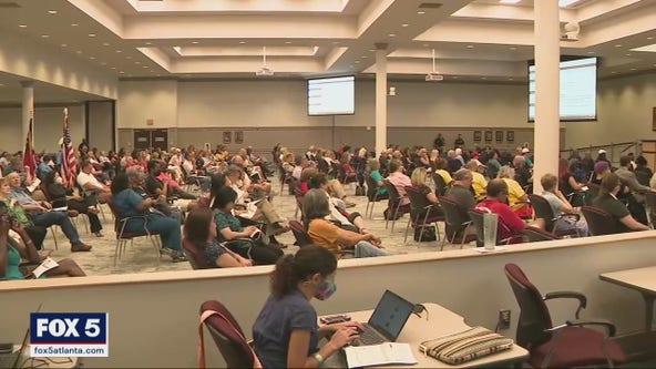 Parents pack Gwinnett County School Board meeting
