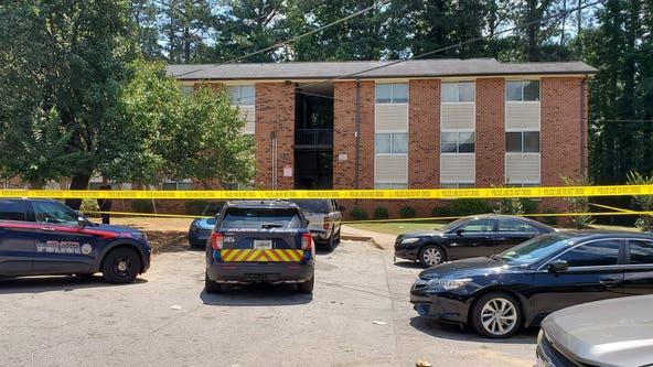 Homicide detectives investigating shooting at Fairburn Road apartments, police say