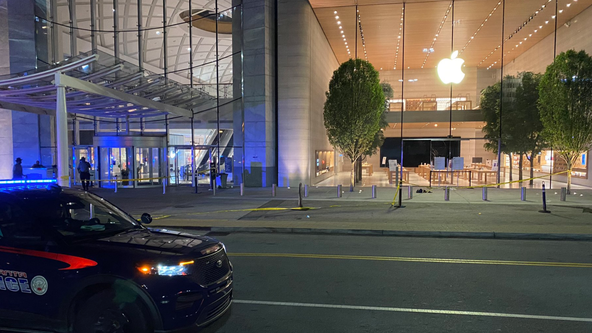 Security guard shot at Lenox Square Mall, two suspects in police custody