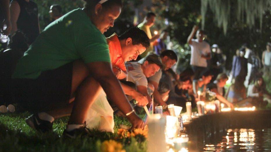 bdce99a5-061216_Lake20Eola_vigil_Orlando_FL_2_1465922624215_1442335_ver1.0.jpg
