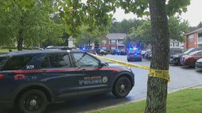 Man killed in fight at southwest Atlanta apartments, police say